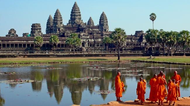 VIAJE GRUPAL A MARAVILLAS DEL SUDESTE ASIATICO DESDE ARGENTINA - Angkor / Siem Riep / Bangkok / Gran Palacio de Bangkok / Phi Phi Island / Phuket / Bahia de Ha-Long / Ha Long / Hanoi / Hoi An /  - Viajes Exoticos