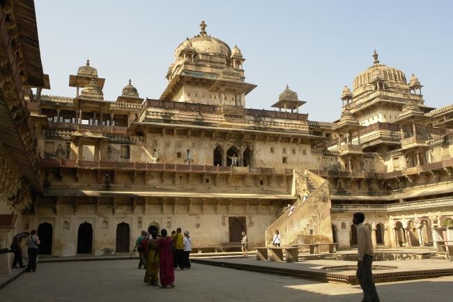 VIAJES A LA INDIA Y SUS MARAVILLAS DESDE ARGENTINA - Agra / Benares / Delhi / Fatehpur Sikri / Fuerte Amber / Jaipur / Jhansi / Khajuraho / Orchha / Varanasi /  - Viajes Exoticos