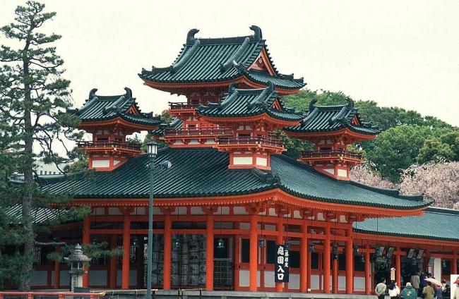 VIAJES GRUPALES A JAPON Y EMIRATOS ARABES DESDE BUENOS AIRES - Viajes Exoticos