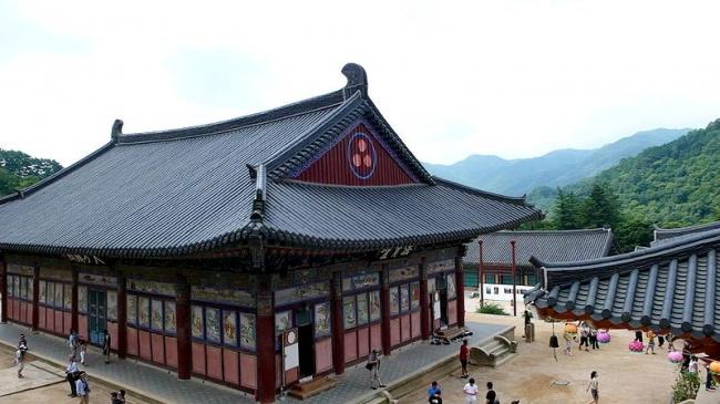 VIAJES A COREA DEL SUR CON ISLA DE JEJU - Andong / Busan / Gyeongju / Jeju / Seul / Templo de Haeinsa /  - Viajes Exoticos